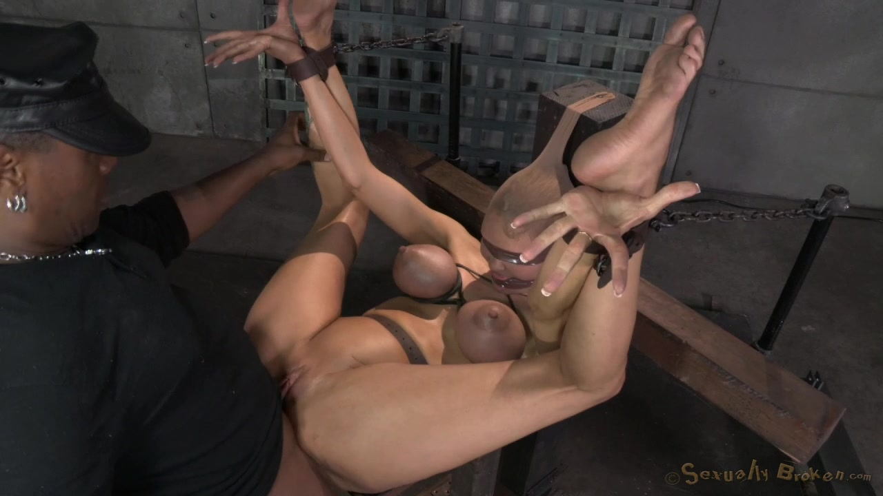 young porn hot