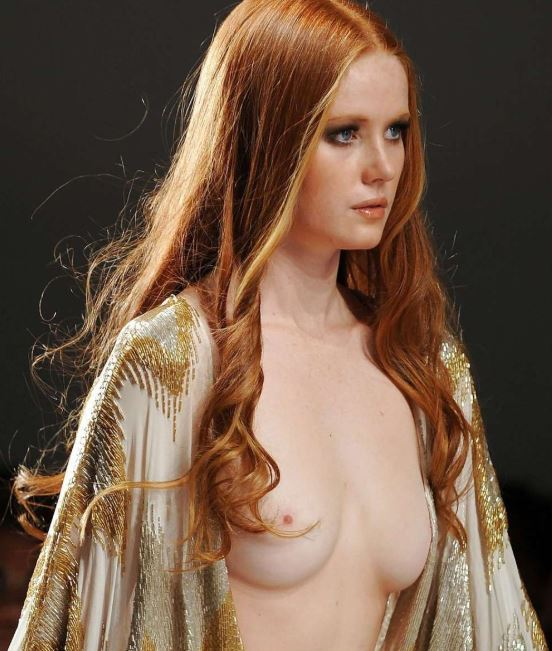pictures of beautiful naked breasts